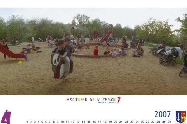 hrajeme-si-v-praze-7-2007-042280391B-2E4B-E4E1-5CF0-7909B4194AD4.jpg